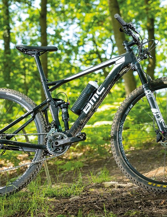 A little extra weight over its XC rivals is excusable given the BMC's extra confidence on technical trails