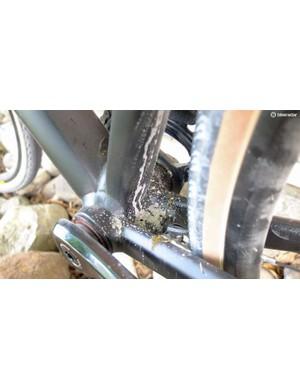 Bridgeless chainstays and neat welding on the PF86 bottom bracket shell