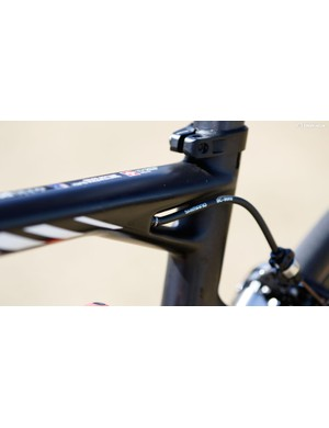 A small frame means tighter cable bends, but BMC has designed it to still function perfectly with standard brake housing