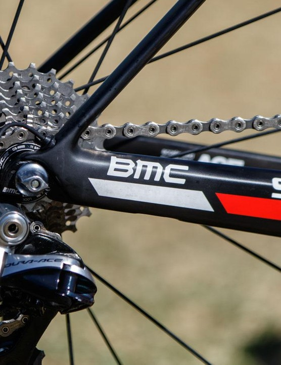 Porte uses an 11-28t cassette. This wider-range option has become extremely popular with many pro riders