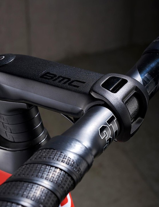 The BMC ICS stem has a mount for a computer or camera