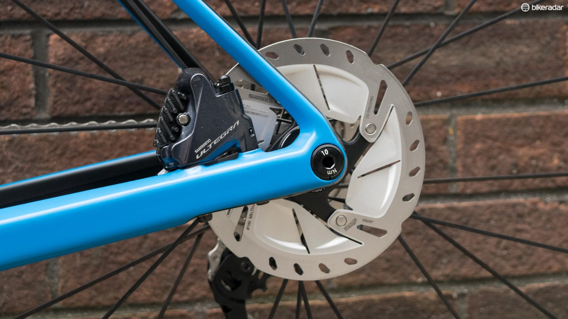Disc brakes and thru-axles are now a common sight on bikes in this price range