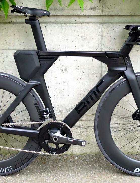 The new BMC Timemachine 01 Disc TT and triathlon bike — here in triathlon configuration