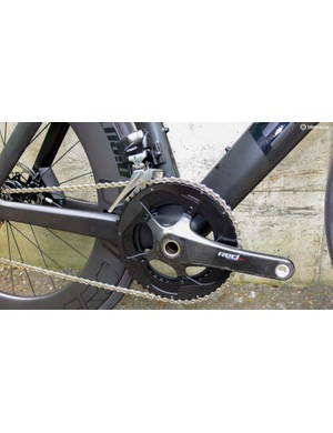 SRAM Red eTap HRD ensures clean lines and no gear wires to route in this example build