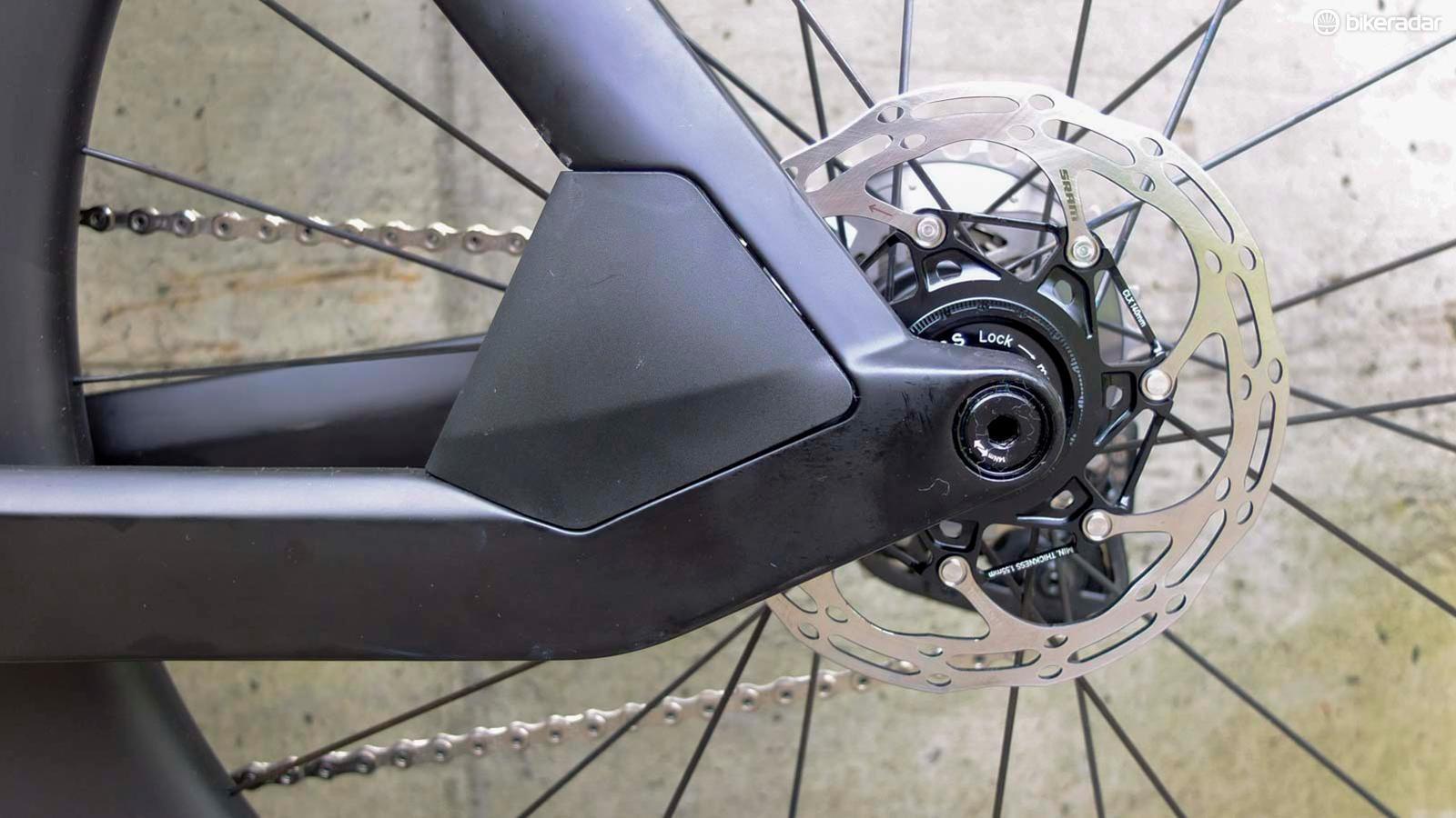 Unlike the Timemachine Road 01, the Timemachine 01 Disc also gains a rear disc brake caliper shield