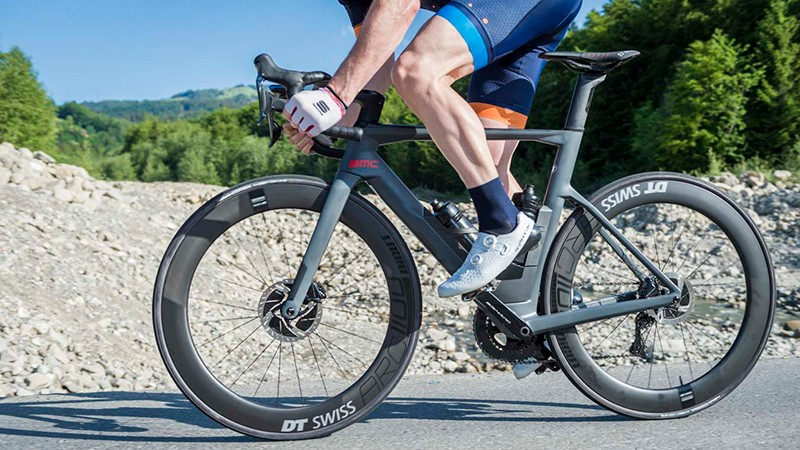 BMC's new Timemachine Road 01 ONE aero road bike wants to be ridden fast