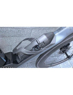 The Di2 control box is fitted in to the down tube and accessible through the bottle cage with the bottle removed