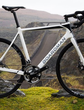 The Boardman Elite Endurance SLR Disc 9.2 has a big spec for the money