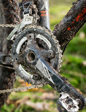 A 2x10 SRAM GX drivetrain is all good with us at this price