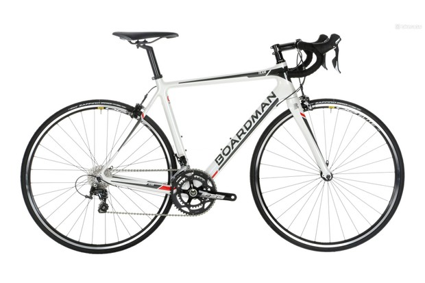 The Boardman Team Carbon is one of the best budget carbon bikes we've tested