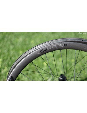 Bontrager used its existing Aeolus rim shape for the new disc- (shown) and rim-brake Pro 3 wheels