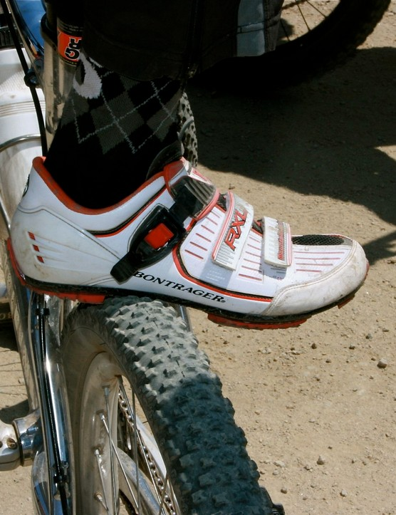 Spy shot! Travis Brown's Bontrager dirt shoe prototype.