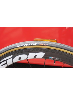 Cofidis is the one team in the Tour on Kenda-branded tubulars. They are made by Veloflex