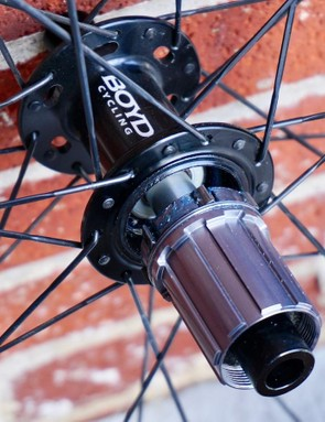 Multiple axle configurations are available, but inspecting internals can be done by hand, similar to DT Swiss hubs