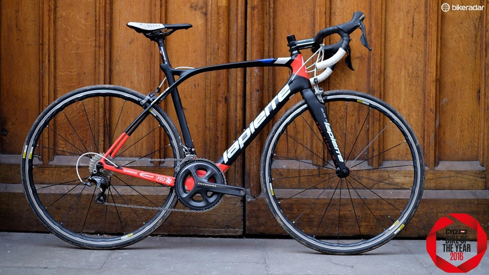 fd4ad8f47ef The Lapierre Xelius SL 600 looks amazing and is hard to fault with a smart  selection