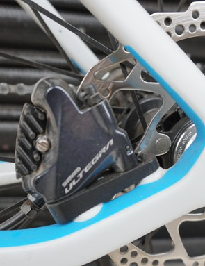 Bolt-thru axles and disc brakes make for confident braking in the worst of weather