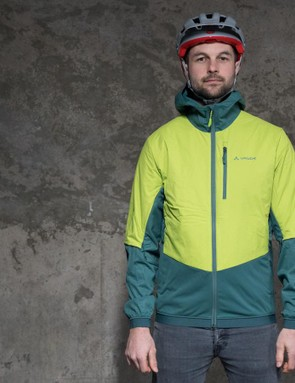 It has the perfect fit for colder days on the trail