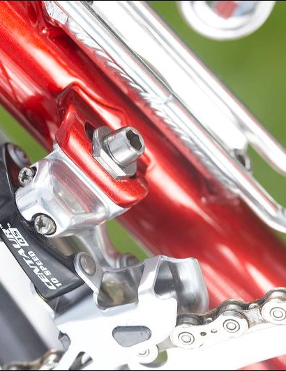 Brake on front derailleur mount