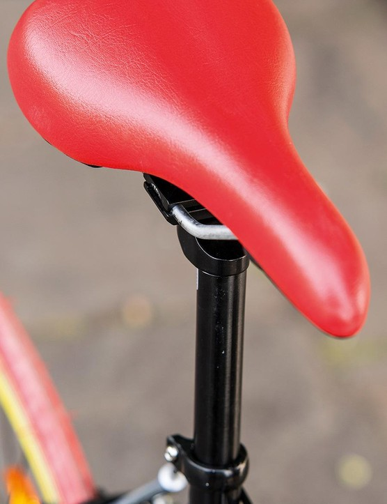 Colour co-ordinated saddle…