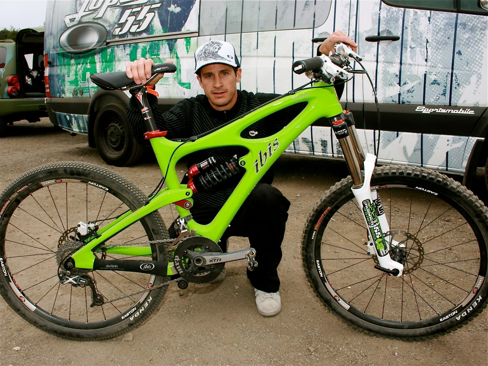 Flyin' Brian Lopes, current 4x world champ with his Ibis Mojo.