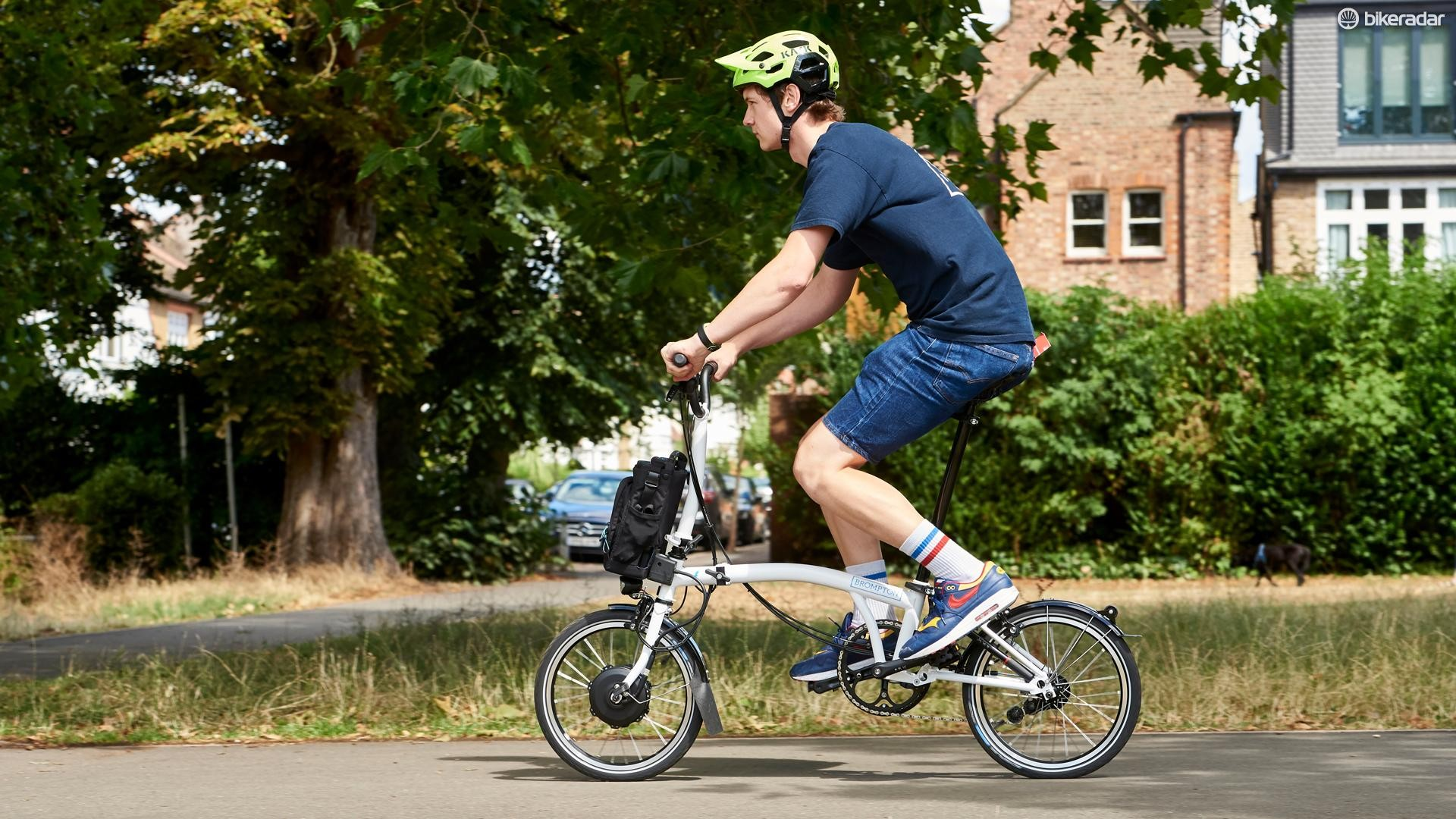 Power delivery is impressively smooth but the way the Brompton Electric deals with the UK's 15.5mph speed limit is seriously impressive