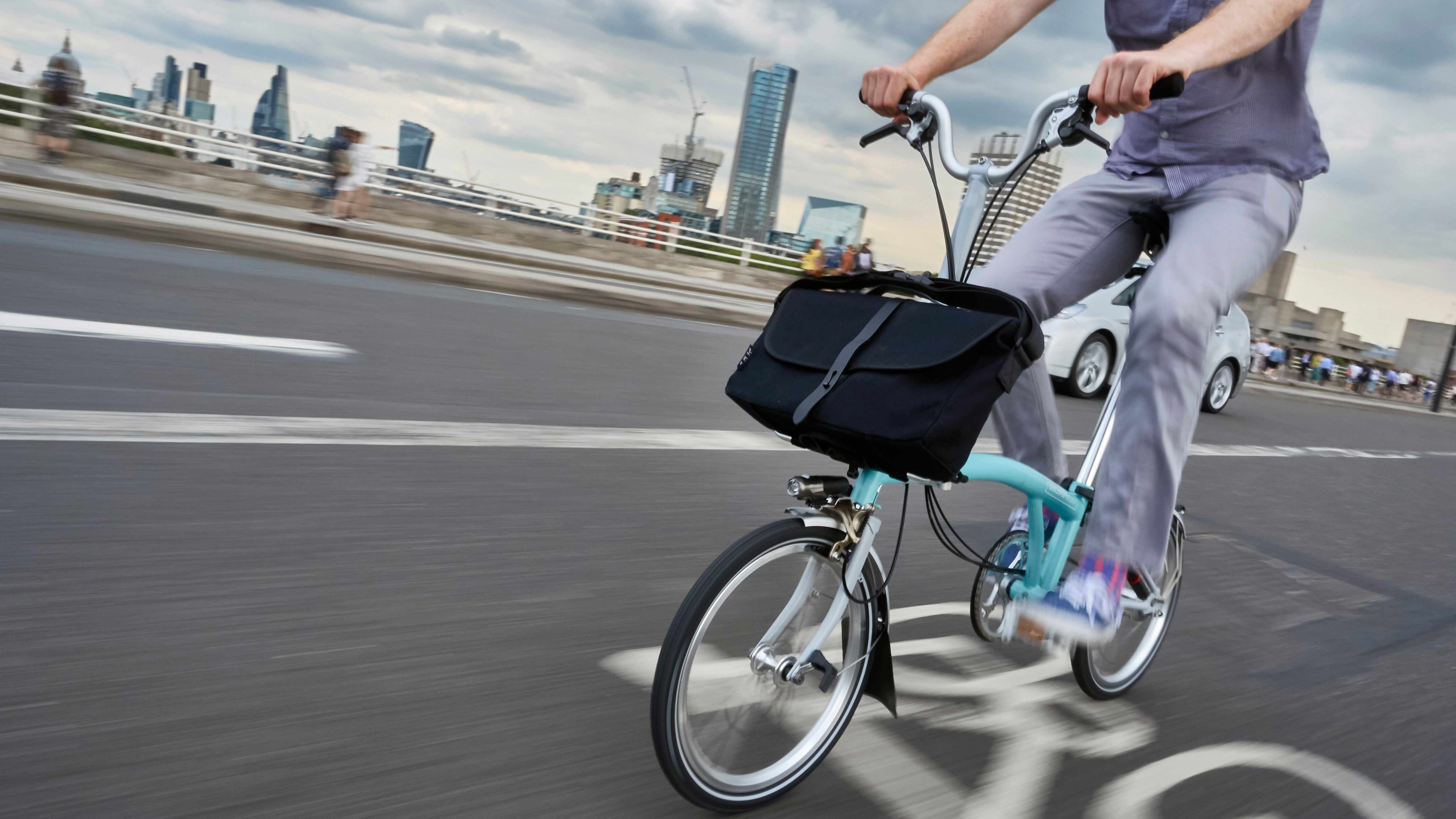Brompton has made a variety of updates to the cockpit of its iconic bike