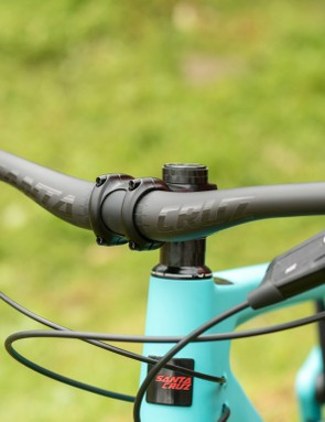 Many of the builds feature Santa Cruz's own carbon handlebars
