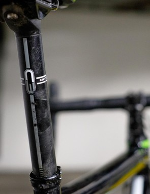The skinny 25.4mm seatpost helps towards what is a jaw-dropping level of comfort