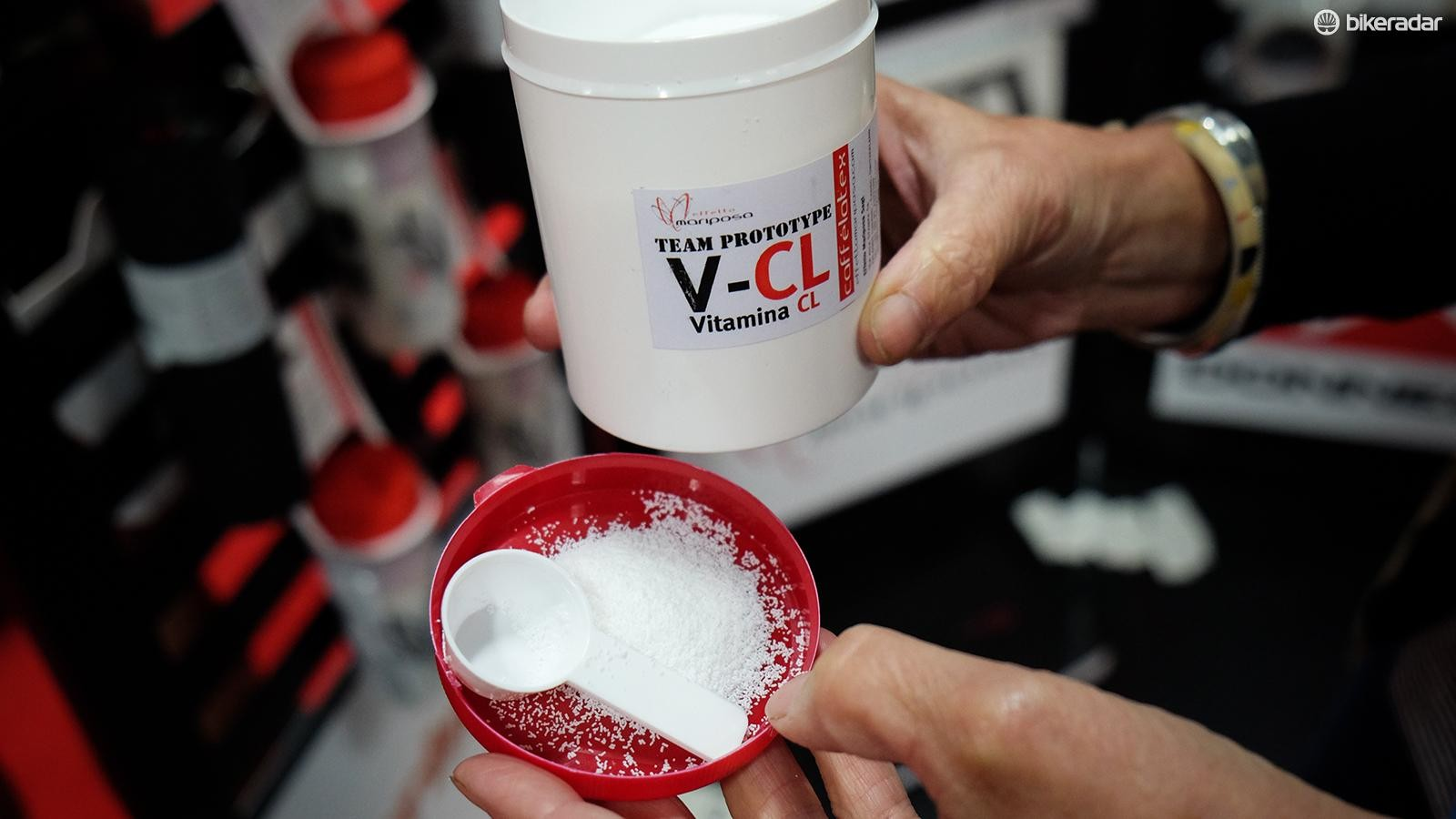 Cafelatex claims that V-CL can seal punctures that latex alone cannot