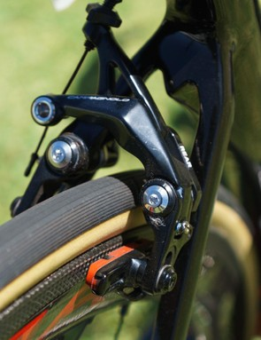 The Noah Fast is built around direct mount rim brakes