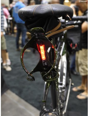 The rear bottle holder also houses three LED's. Even with a transluscent bottle in the cage, visibility is good