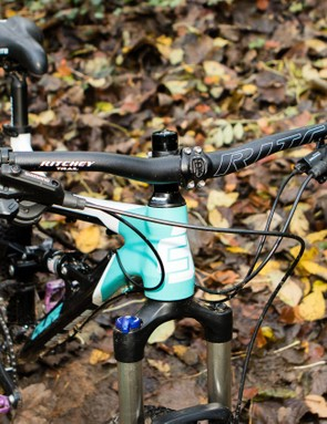 Wide size-specific handlebars are well-considered, with 740mm on the 15.5 and 17.5 size bike