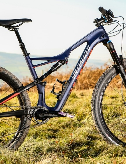 The Specialized Women's Camber Comp is a women's specific bike, but based around a unisex Camber frame