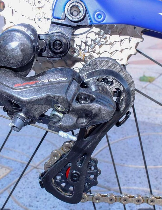 The Super Record mechanical rear mech has a part carbon cage and ceramic bearings in the jockey wheels