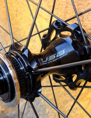 Straight pull spokes, slimmed hourglass hubs and centrelock disc rotor fittings