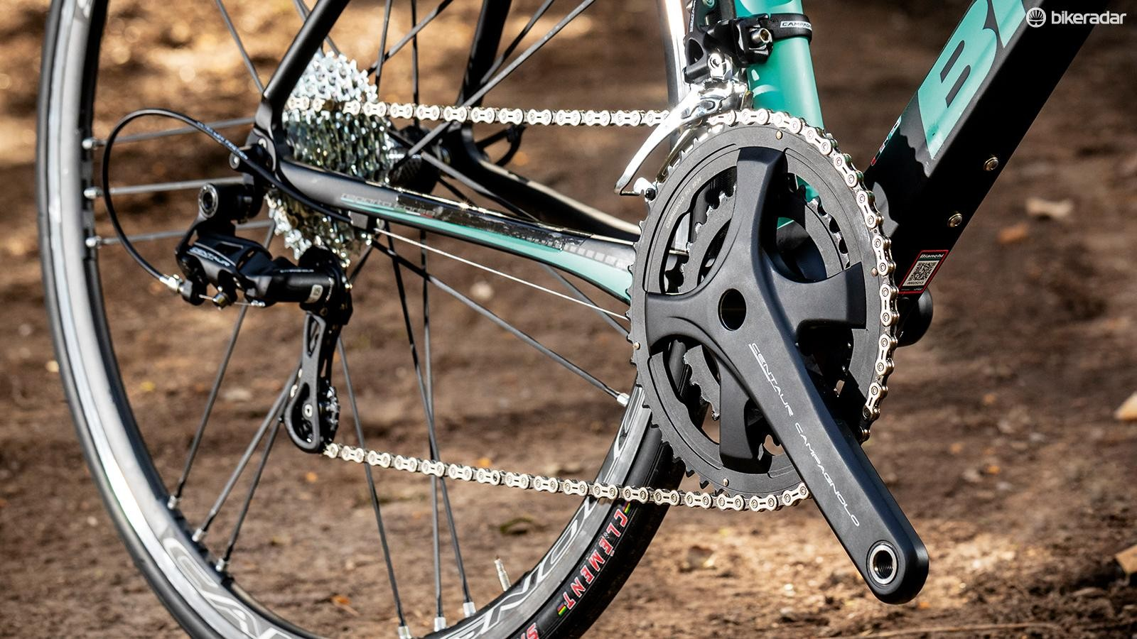 Chainring options are 50/34 and 52/36