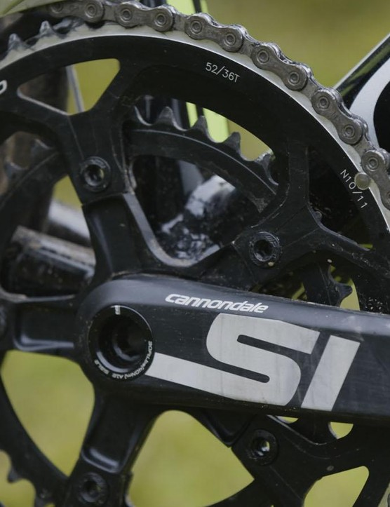 The new Si crankset tips the scales at 735g complete with FSA chainrings