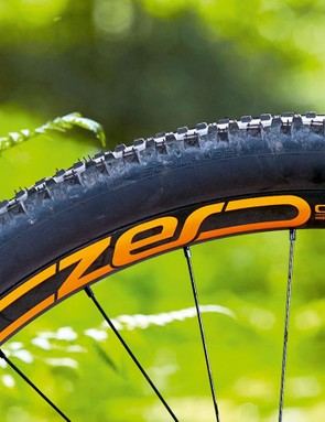The CZero wheelset weighs in at a touch over 1600g