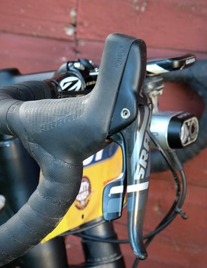 King, like many fellow DK200 racers, double-wrapped his handlebar