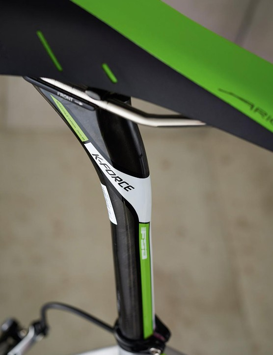 Cannondale's new carbon seatpost is 25.4mm in diameter