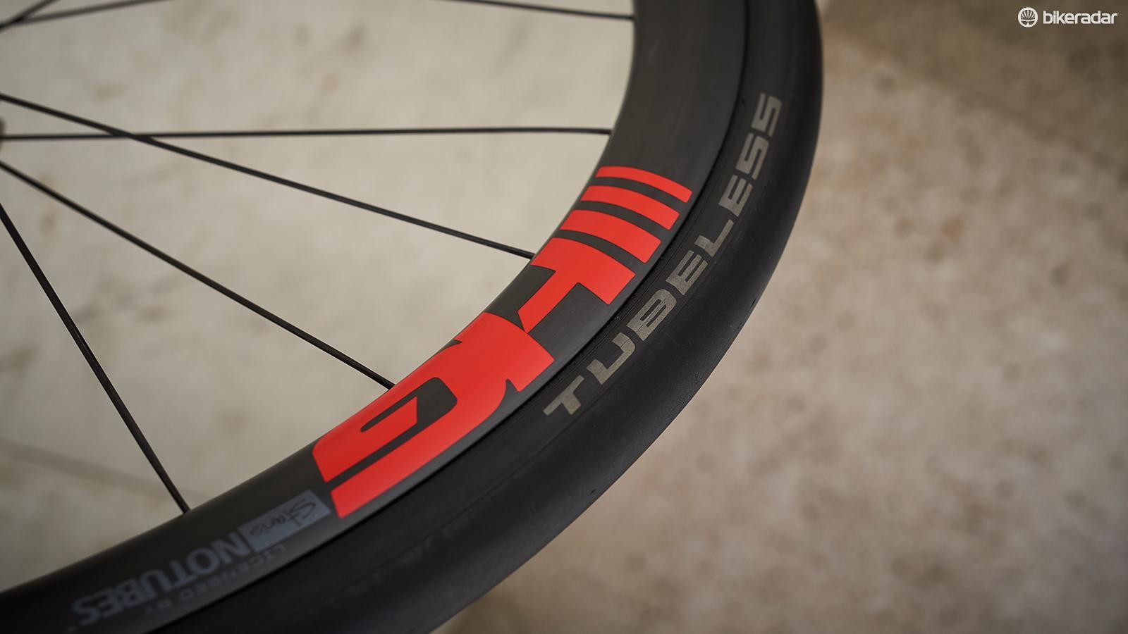 5f5e9ad7a72 Convert the wheels to tubeless for more weight loss benefits