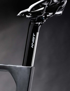 The KNOT seatpost was designed around the aero needs of a rider's moving legs and the difference in wind speed that creates