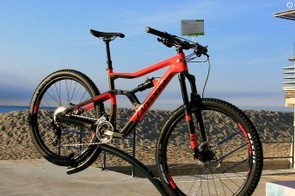 The Trigger Carbon 3 has Performance suspension and a 2x11 drivetrain