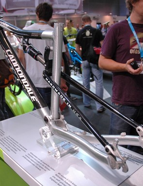 The bare finish of Cannondale's Rize Carbon  shows off what's carbon and what's aluminium.