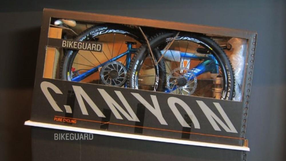 canyon-bike-packed-1456314274458-1gimpy76xrvcb-1000-90-00e91b3