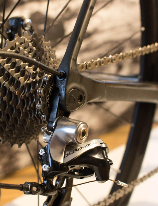 Shimano's upper-tier Ultegra and Dura-Ace groupsets are your only option