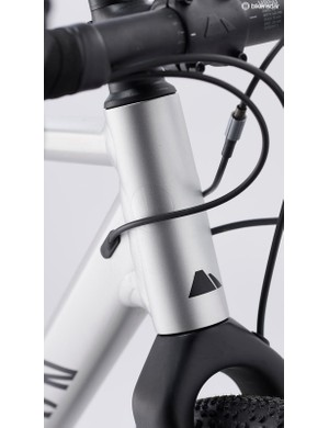 The shorter Canyon V13 stem delivers sharper steering