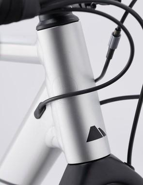 The shorter Canyon V13 stem delivers sharper steering