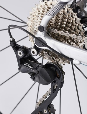 The Canyon Grail AL 7.0 sports a complete Shimano 105 compact groupset