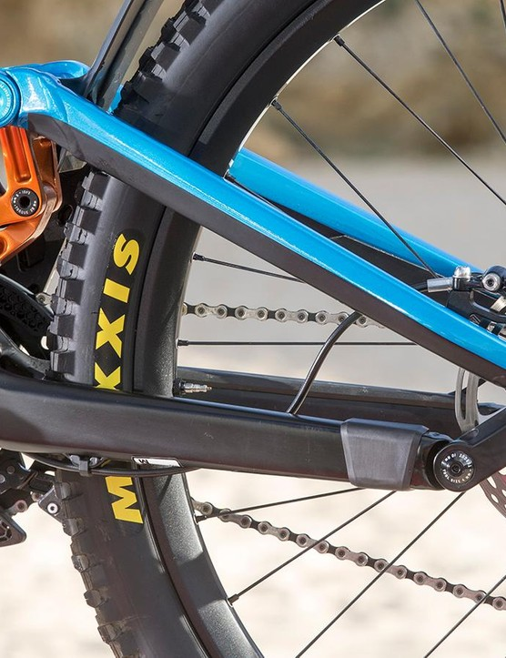 Clever details such as oversized pivot-bearings and a neat heal-rub protector should boost longevity (we hope)
